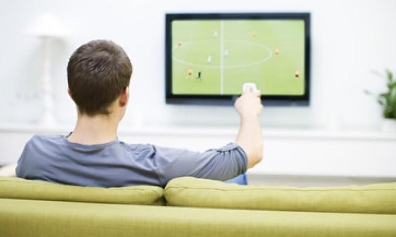 La retransmisión de señales ha provocado enfrentamientos verbales entre los operadores de televisión. (Foto: Getty Images)