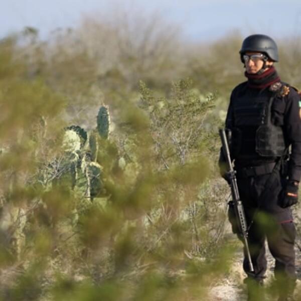 soldado en zona donde fue hallada fosa con integrantes de kombo kolombia