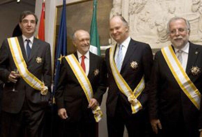 El embajador de España en México entregó la Gran Cruz de la Orden de Isabel La Católicaa Mario Molina, Enrique Krauze, José Woldenberg y Javier Garciadiego.