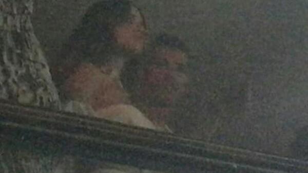Desde hace unas horas ha comenzado a hacerse viral una imagen en la que parece que ambos famosos están juntos. ¿Será que entre ellos hay algo más?