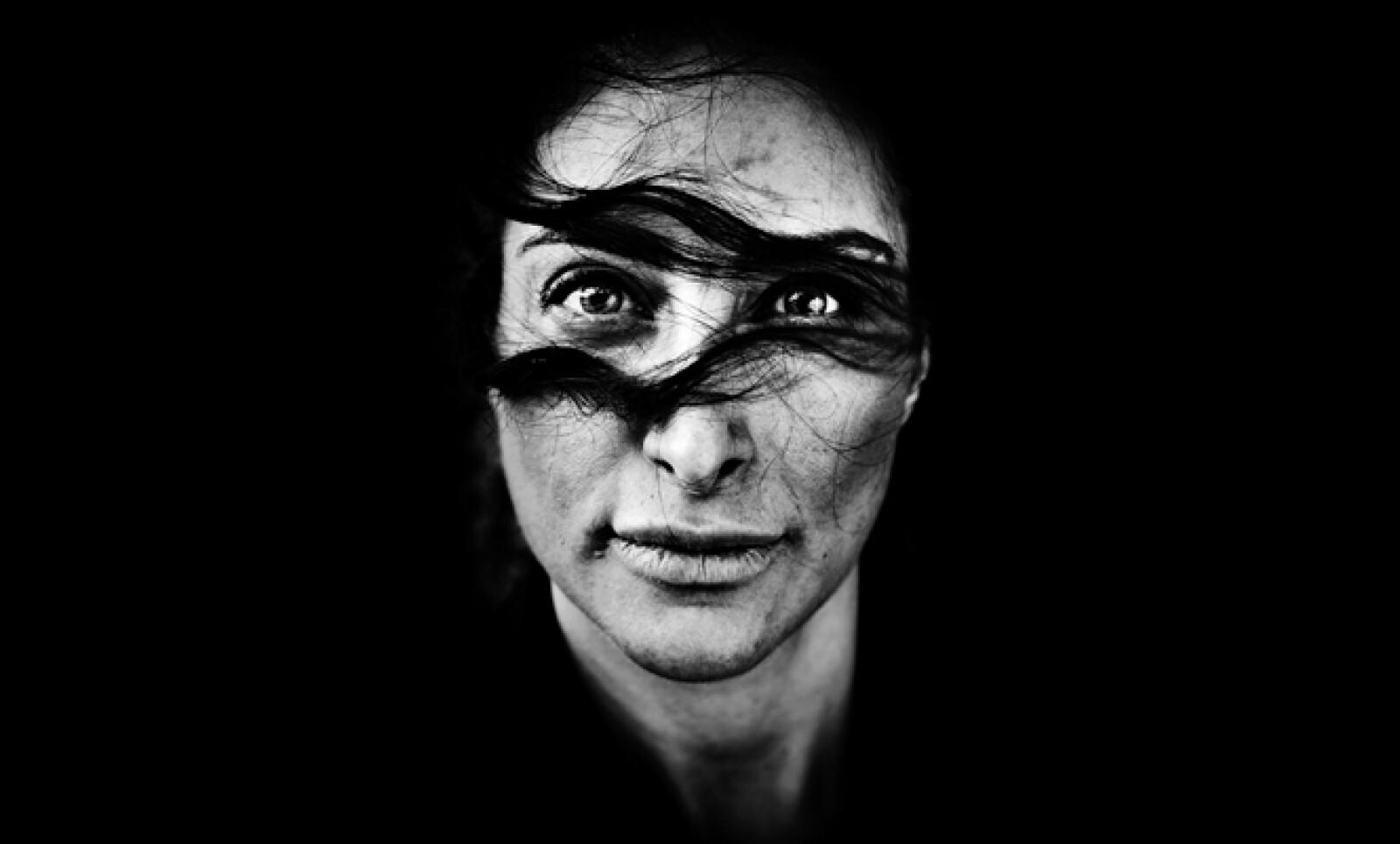 La actriz iraní Mellica Mehraban posa para un retato en Copenhagen, Dinamarca, el 4 de mayo de 2011.
