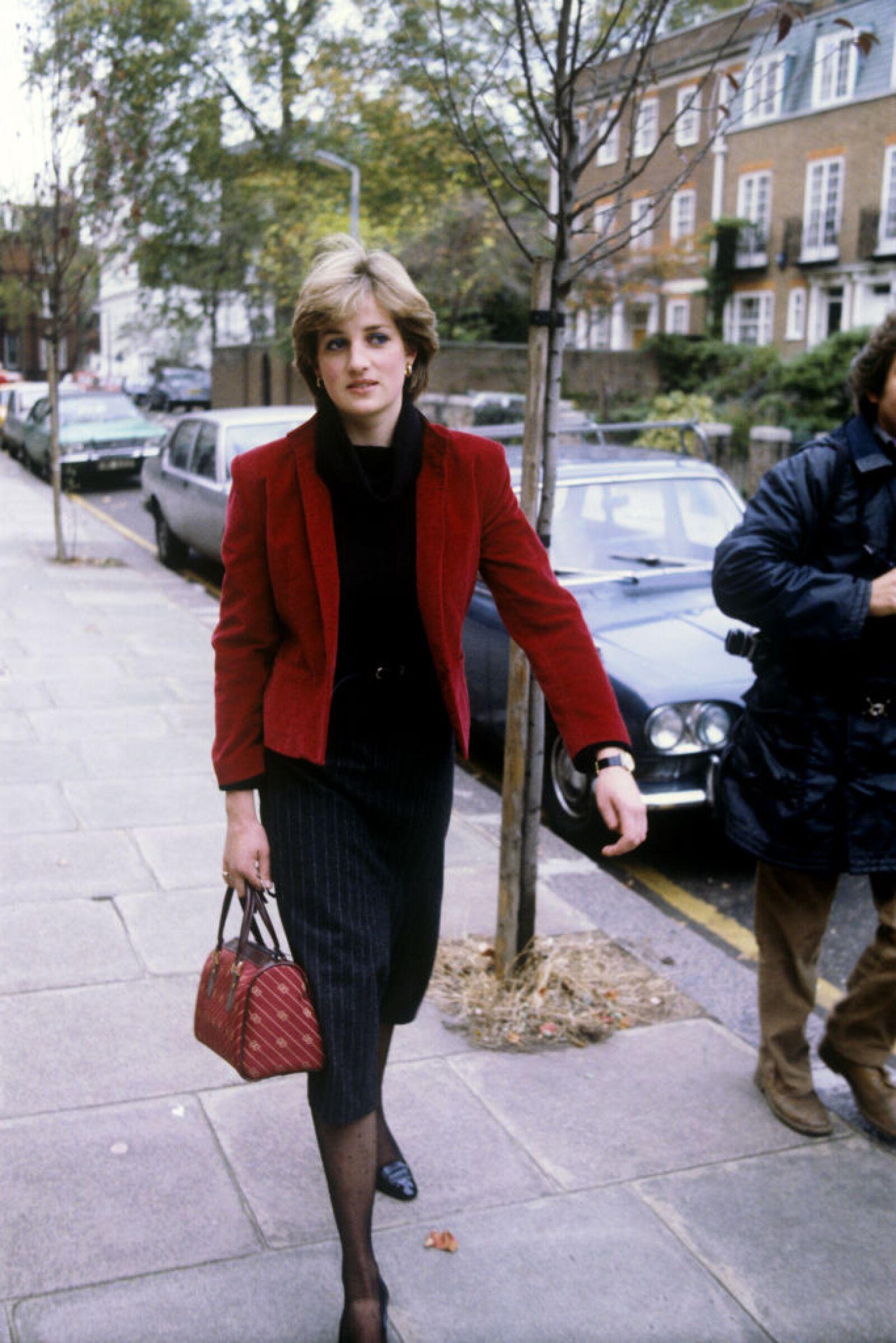 Royalty - Lady Diana Spencer - Knightsbridge, London