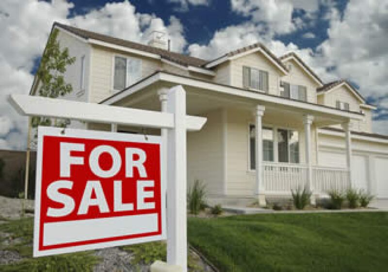 El temor de una nueva caída en el mercado hipotecario sustenta los esfuerzos del Gobierno por sostener los precios. (Foto: Photos to go)