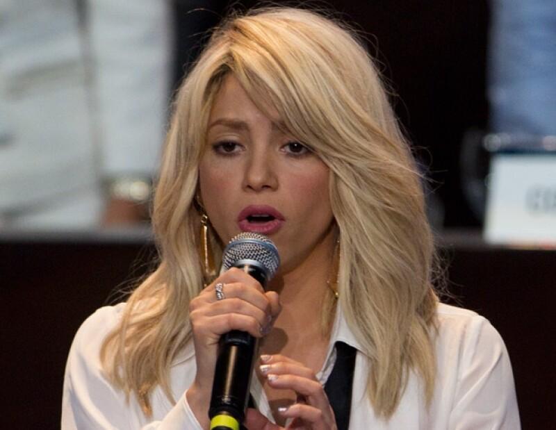 El puertorriqueño confirmó que grabó dos canciones; una para la mexicana y otra para la colombiana, con lo que espera repetir el éxito de anteriores colaboraciones.