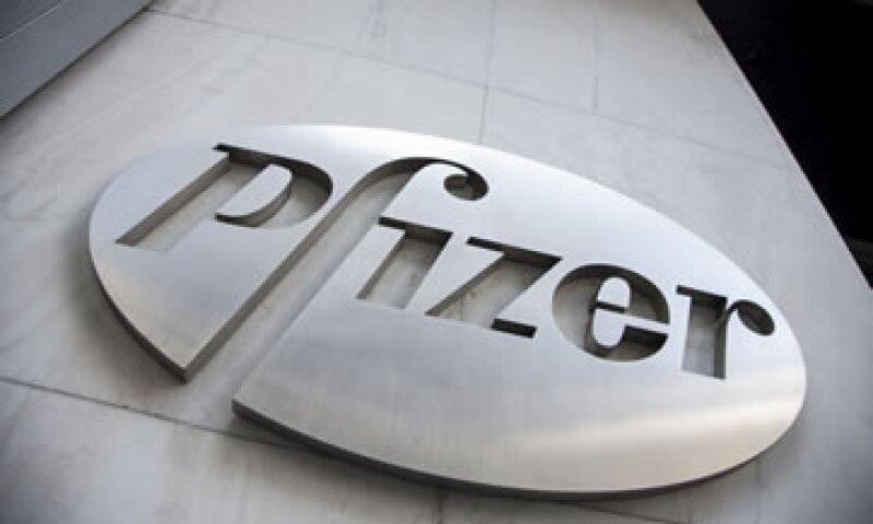 El presidente ejecutivo de Pfizer Ian Read dijo que está considerando varias estrategias de crecimiento (Foto: Reuters/Archivo )