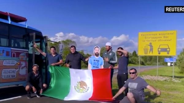"""Este hincha mexicano """"se fue"""" a Rusia sin permiso de su novia"""