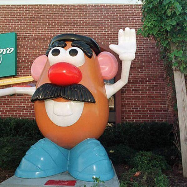Hasbro, la marca de juguetes, es una de las empresas que aun no se anuncian en medios hispanos cuando uno de cuatro niños en EU es hispano.
