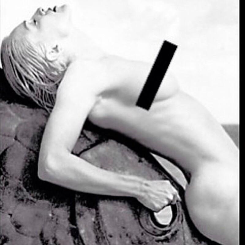 La reina del pop publicó una fotografía en su Instagram en la que sale completamente desnuda, esto para unirse  a la campaña Free The Nipple.