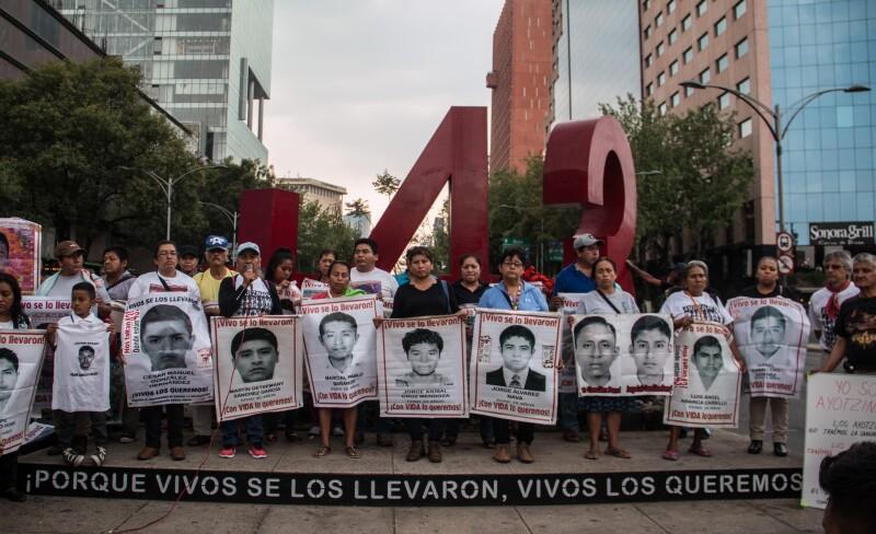 Marcha_56_Ayotzinapa-6.jpg