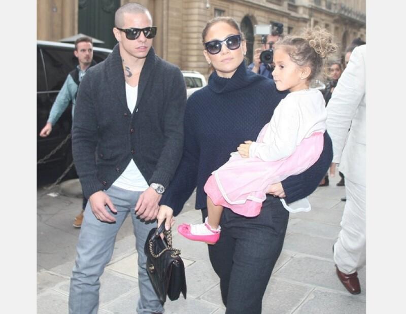 Jennifer Lopez procura que sus hijos convivan con su nueva pareja.