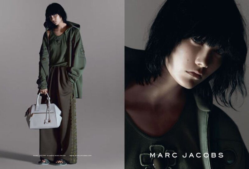 Karlie Kloss se convierte en brunette para Marc Jacobs.