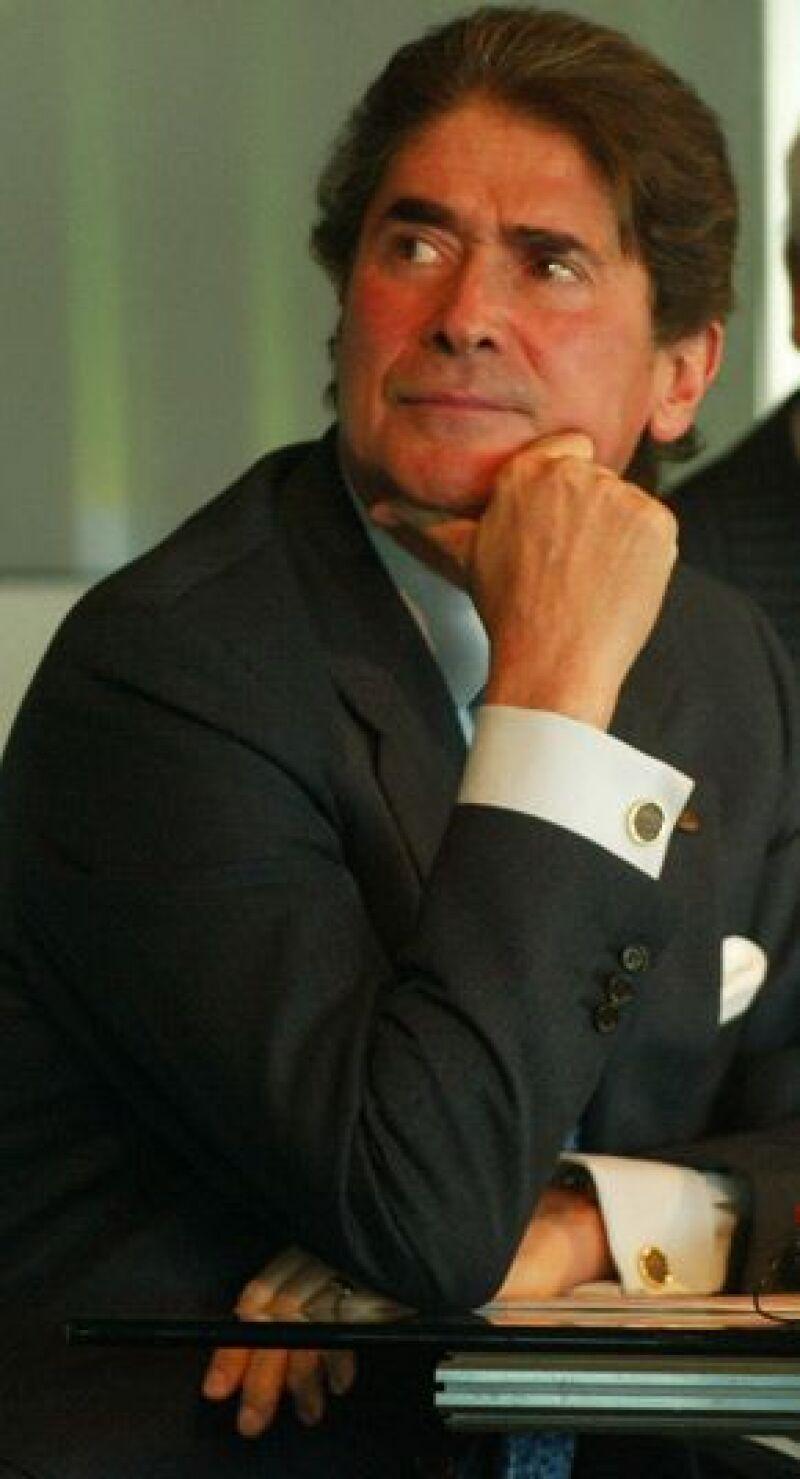 El presidente y director general ejecutivo presentó ayer su renuncia al frente de la empresa.