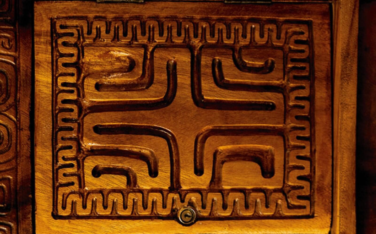 Tal como una artesanía típica Rapa Nui,  la decoración rústica y elegante de este hotel incluye un sinnúmero de detalles.