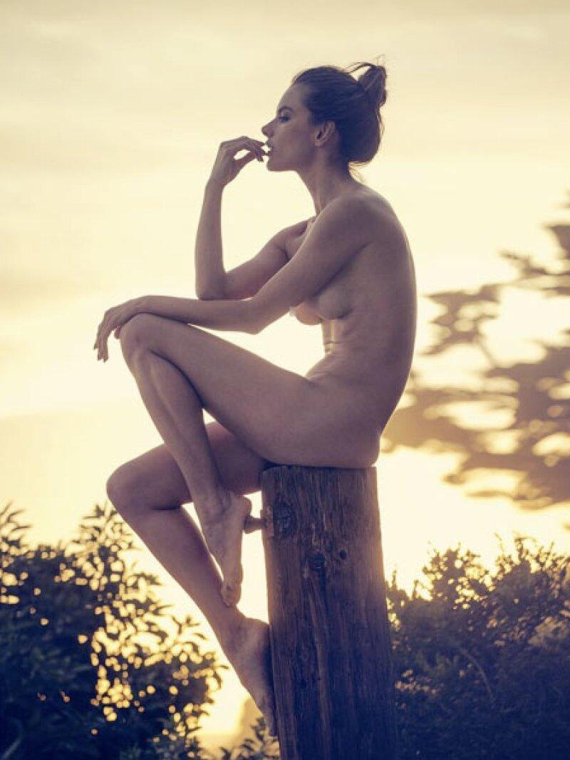 Alessandra luce súper delgada.