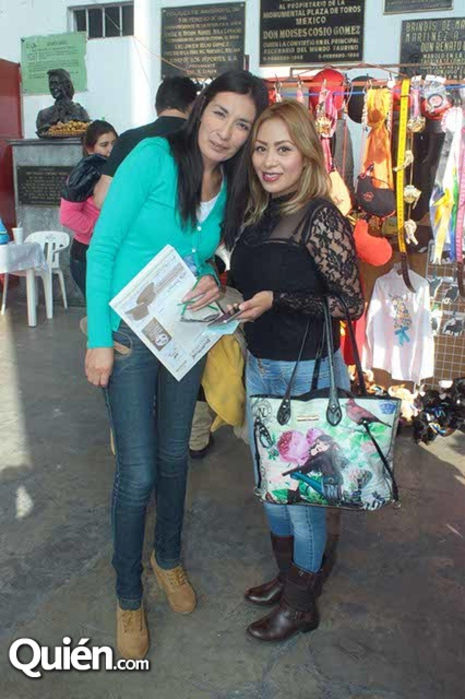 Claudia Mendoza y Alma García