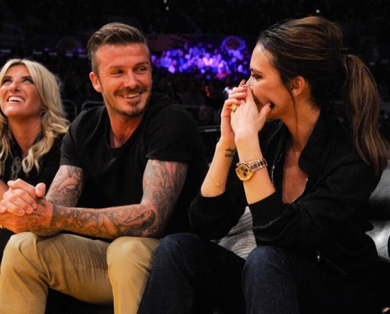 La pareja fue vista tan cariñosa como en los viejos tiempos en el juego de los Lakers contra los Denver Nuggets.