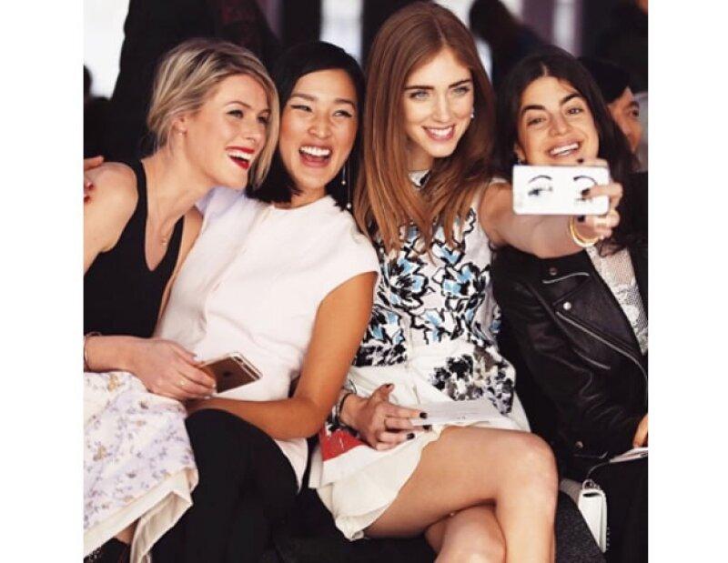 ¡Tomémonos una selfie! Las bloggers en acción.