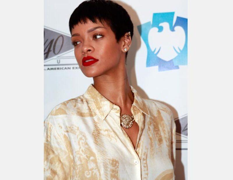 En tan solo siete años de carrera y con seis discos en el mercado, la cantante ya ha acumulado más números uno en Estados Unidos; según Billboard.