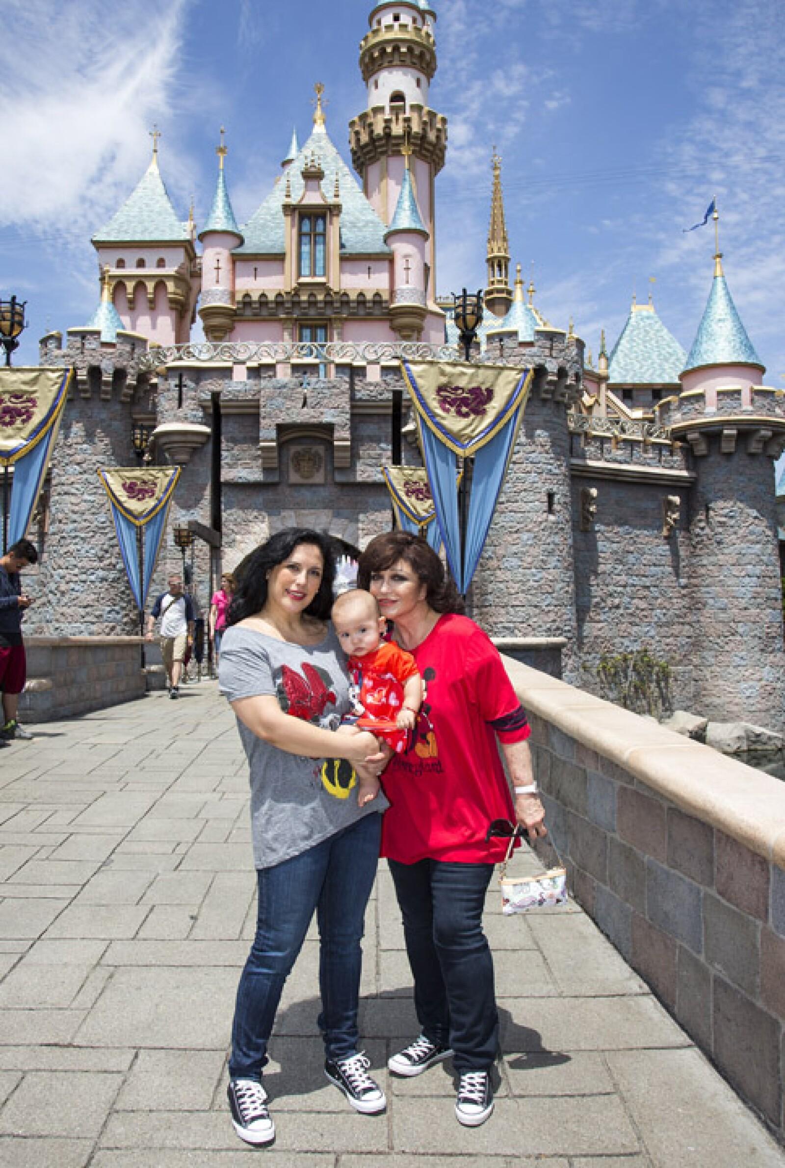 Este año, las tres generaciones de Angélicas visitaron juntas Walt Disney World.