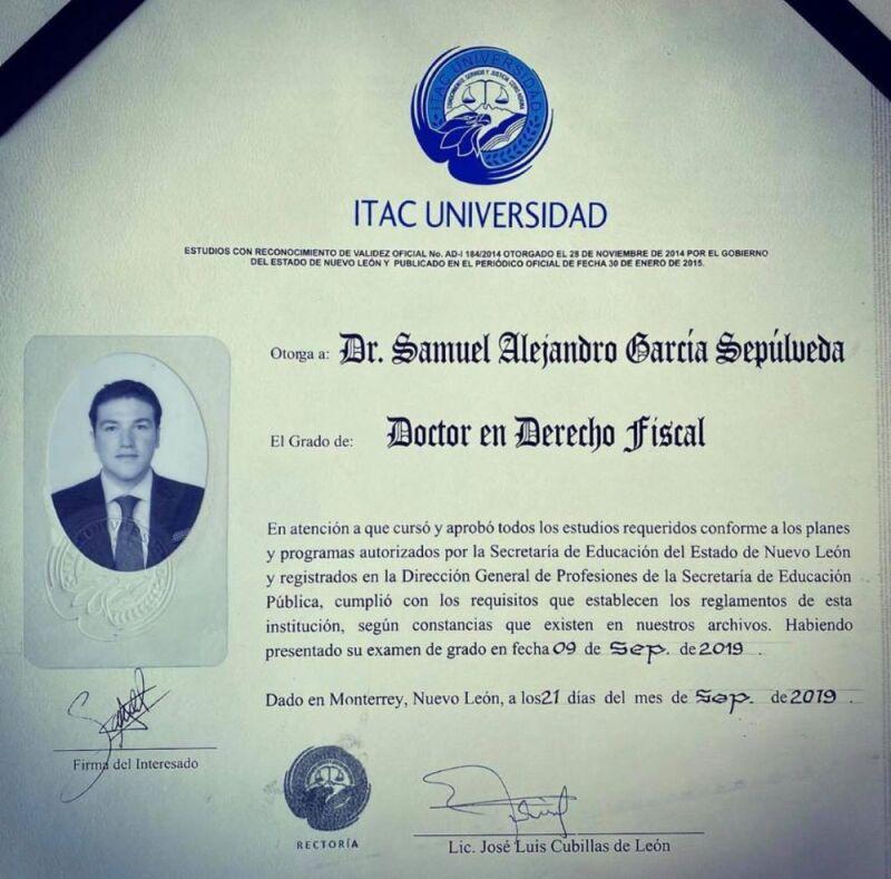 Titulo Samuel García.jpg