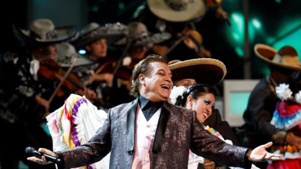 Adiós al Divo de Juárez