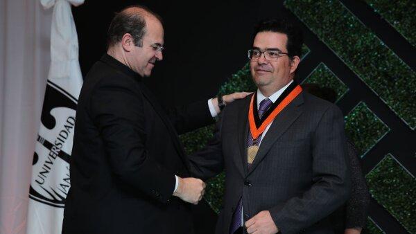 Cena Bernardo Quintana