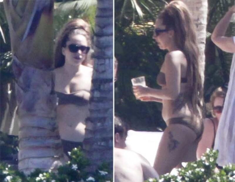 La extrovertida cantante fue captada mientras disfrutaba del sol deBaja California Sur  en compañía de amigos.