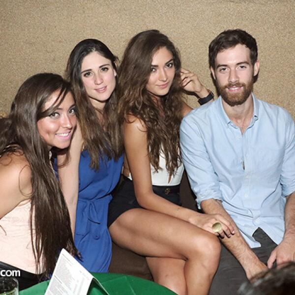 Cecilia Paz, Mónica Madero, Karina Isa y Jack Garbutt