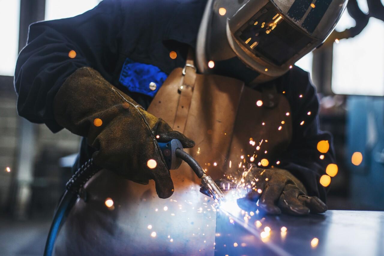 El empleo en industrias, comercio y exportadoras cae en marzo