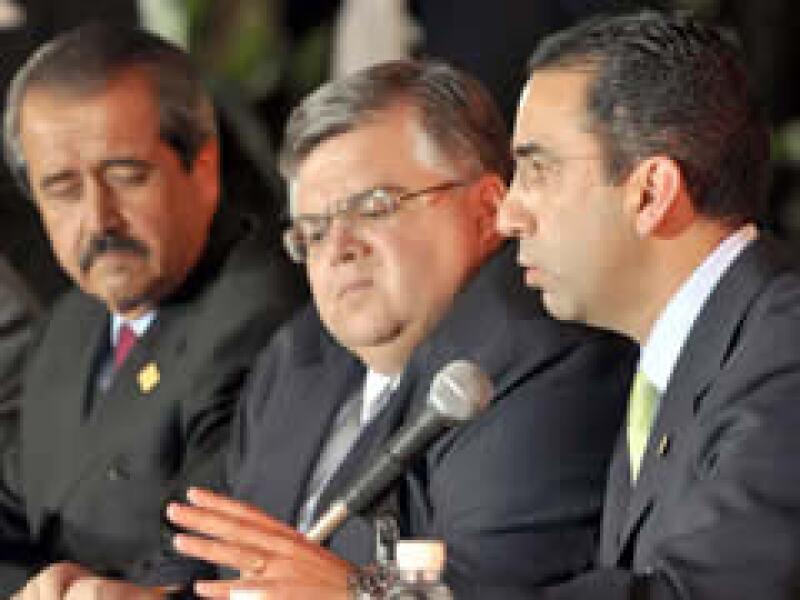 Los tres dirigentes Cartens, Córdova y Lozano tienen optimismo ante el reinicio de actividades en el DF.  (Foto: Notimex )