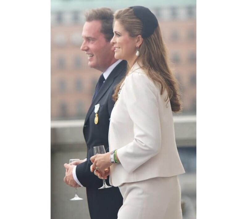 Hoy por la mañana la Casa Real Sueca no tuvo otra opción más que confirmar el sexo del bebé que esperan los recién casados, la Princesa Magdalena y Chris O'Neill.