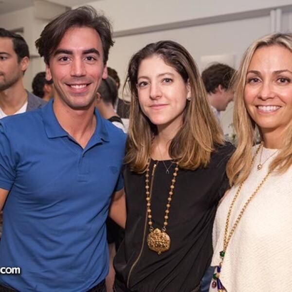 Fernando García,Lara Alcántara y María Luisa Mendoza