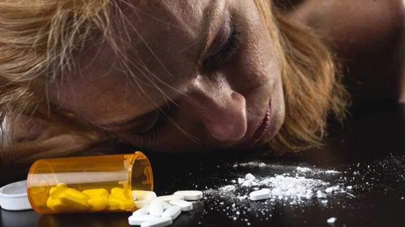 sobredosis fármacos mujeres