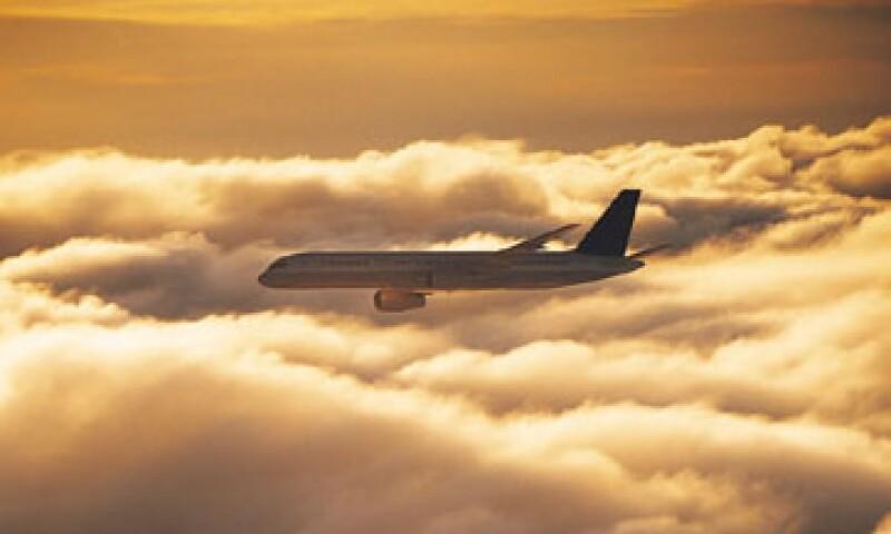 Según la normativa de la UE, las firmas que se nieguen a pagar podrían ser multadas o hasta perder el derecho a aterrizar en el bloque. (Foto: Thinkstock)