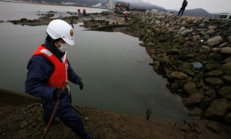 El tsunami ha creado unos 22.5 millones de toneladas de escombros a lo largo de las costas de las prefecturas de Iwate, Miyagi y Fukushima. (Foto: AP)