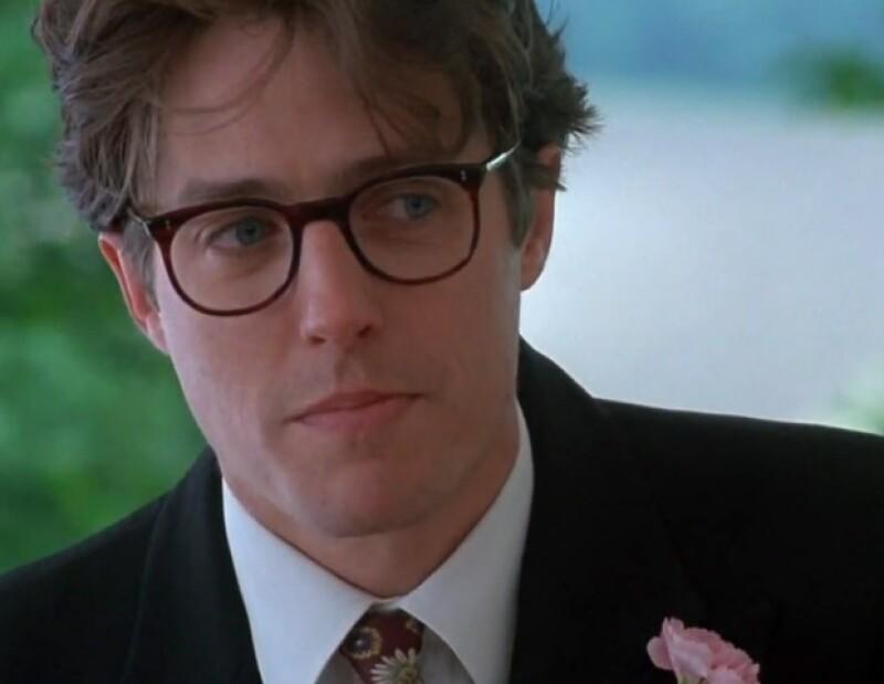 Hugh Grant en una escena de Four Weddings.