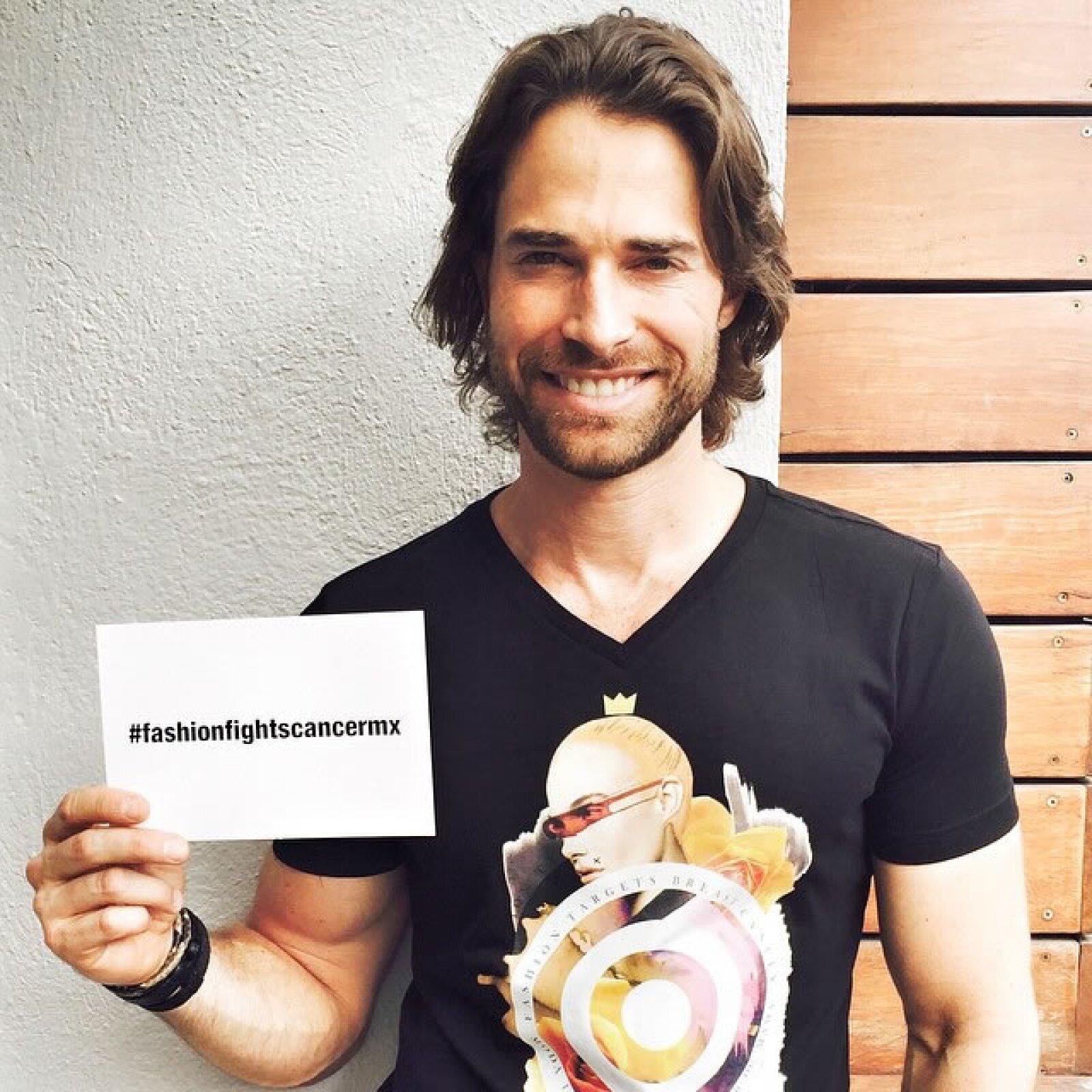 Sebastián Rulli: `Apoyando con mucho amor esta noble causa #fashionfightscancermx´.