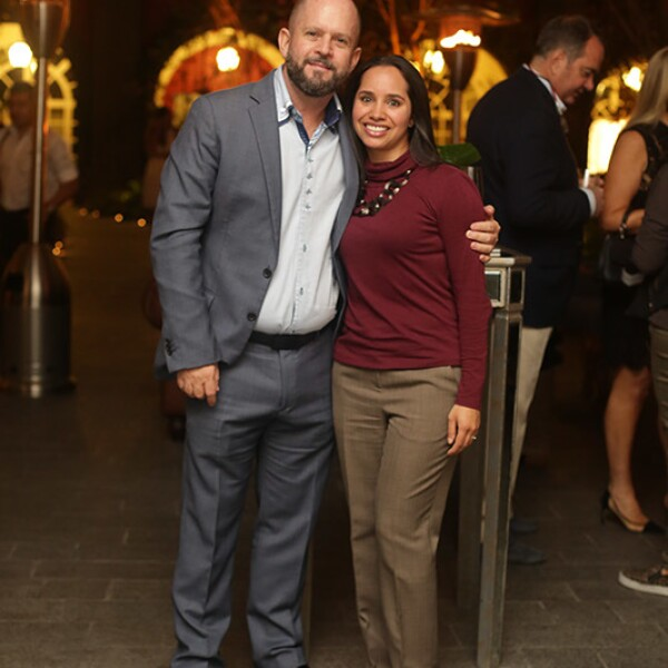 Richard Zarkin y Alejandra García