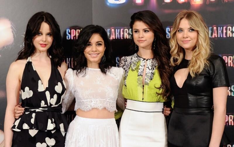 """La actriz se encuentra en Europa promocionando su nueva película """"Spring Breakers"""" junto a sus amigas Vanessa Hudgens, Rachel Korine y Ashley Benson."""