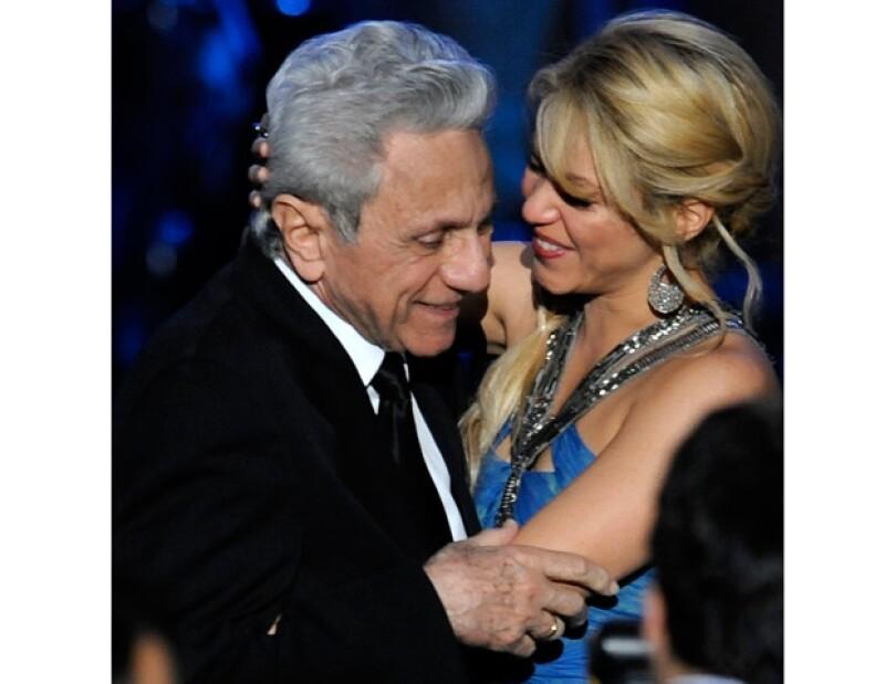 El padre de Shakira, William, la conmovió con una canción.