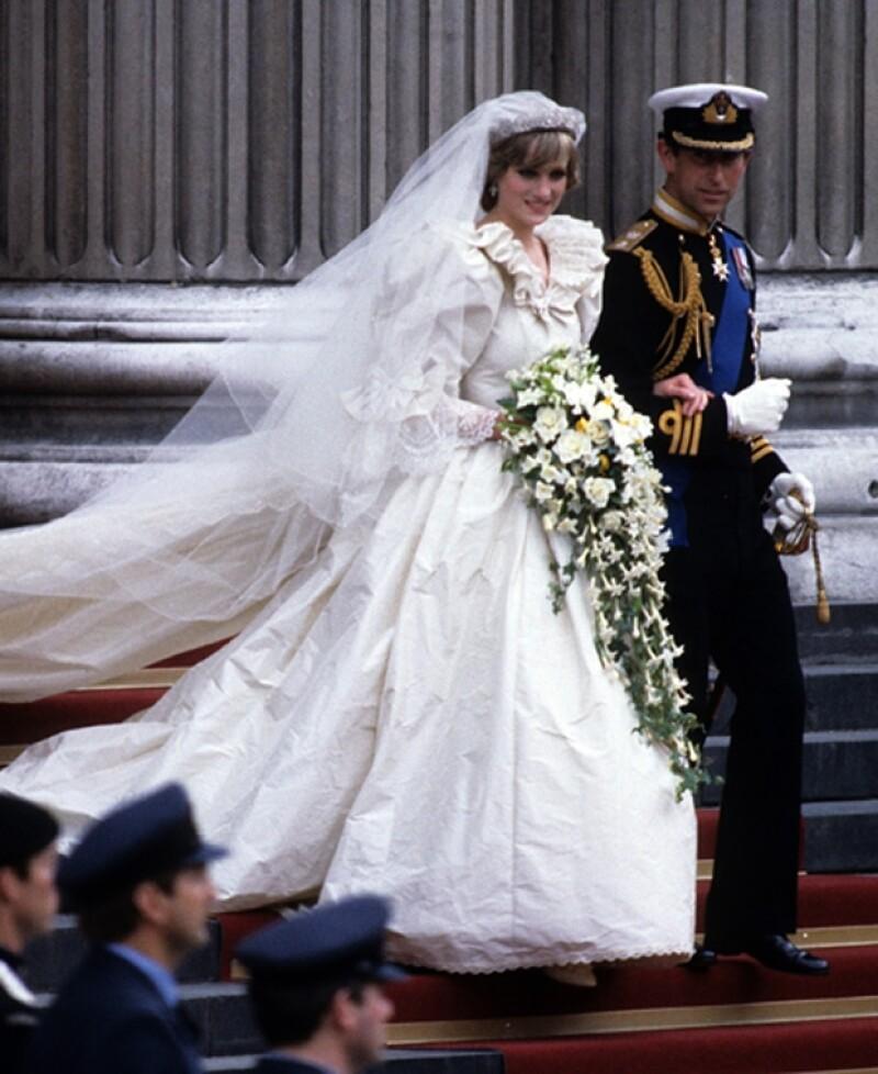 Diana y el príncipe Carlos vivieron un matrimonio tormentoso entre infidelidad y engaño.