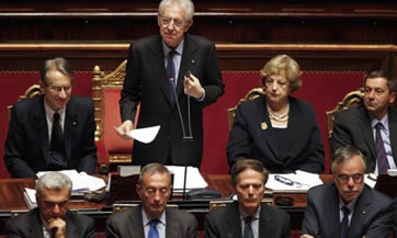 En todo Italia, la economía subterránea, que según estimaciones vale cerca de un quinto del PIB, debe ser combatida, dijo Monti. (Foto: Reuters)