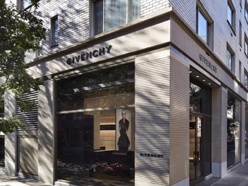 Givenchy abre su flagship en la avenida Madison de Nueva York.