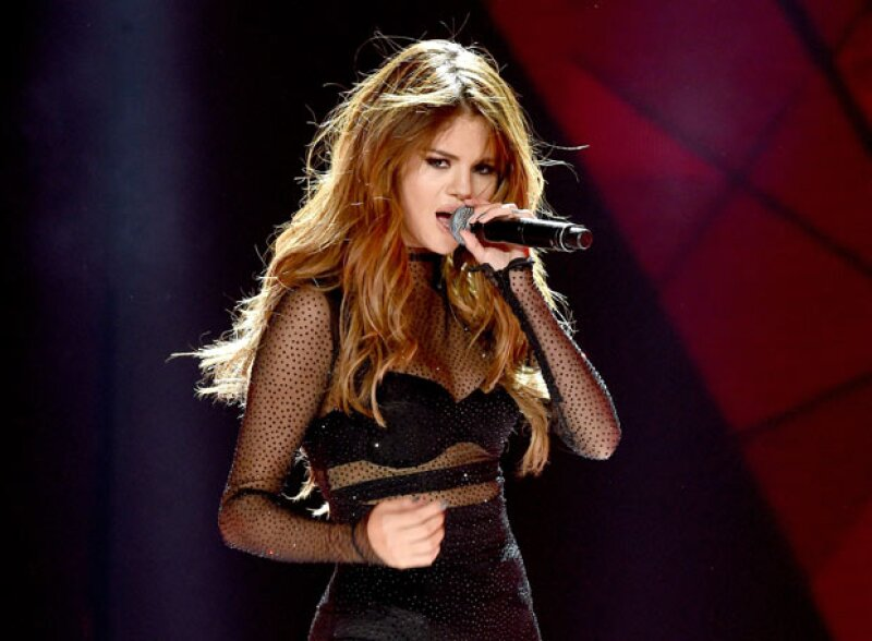 La cantante presumió en sus redes sociales sus raíces latinas, y qué mejor que bailando con un género tan famoso y sensual.