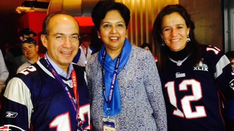 El expresidente de México Felipe Calderón, la directora ejecutiva de Pepsi y Margarita Zavala