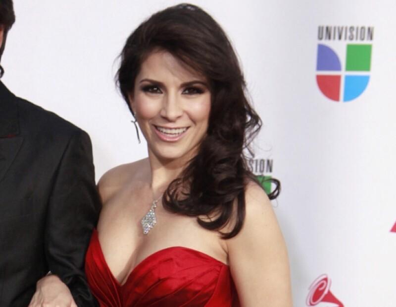 La ex vocalista de Sentidos Opuestos aseguró ser una mujer que ama la música.