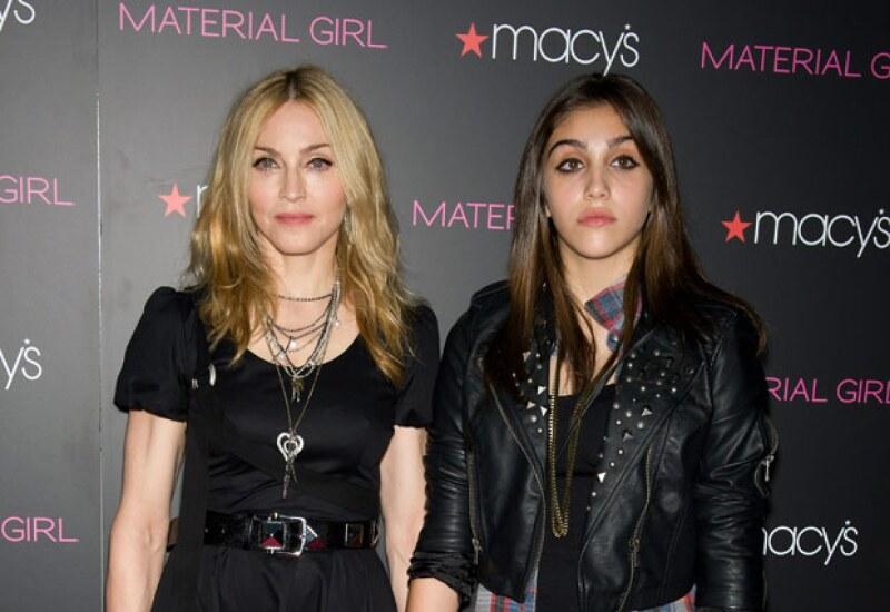 La reina del pop junto con su hija, lanzaron una línea inspirada en los ochenta.