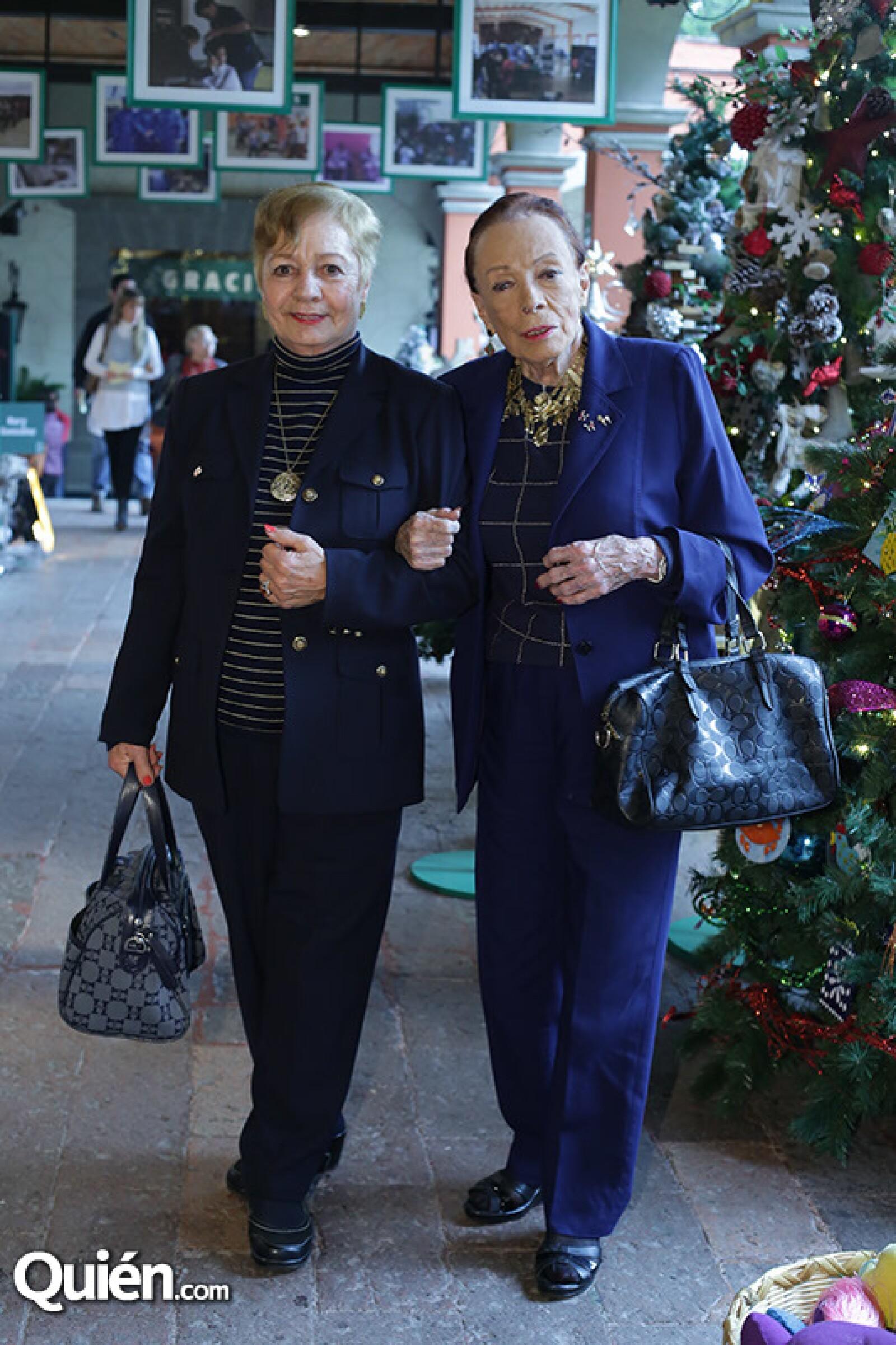 María de los Ángeles Martínez y Helvia Matínez