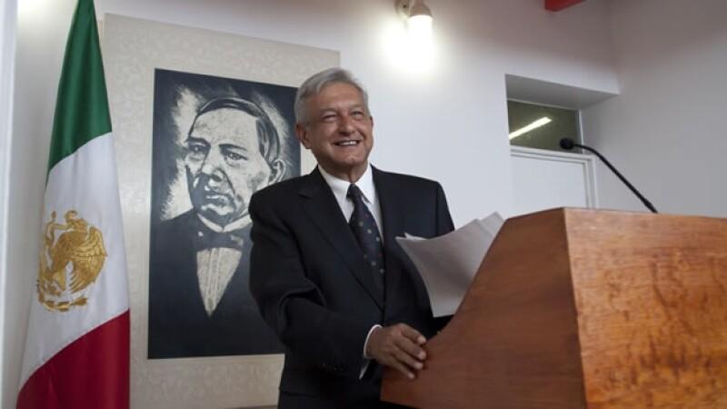 Lopez Obrador presenta su plataforma laboral