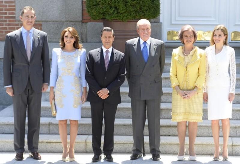 Enrique Peña Nieto y Angélica Rivera recibieron condecoraciones por parte de los Reyes.